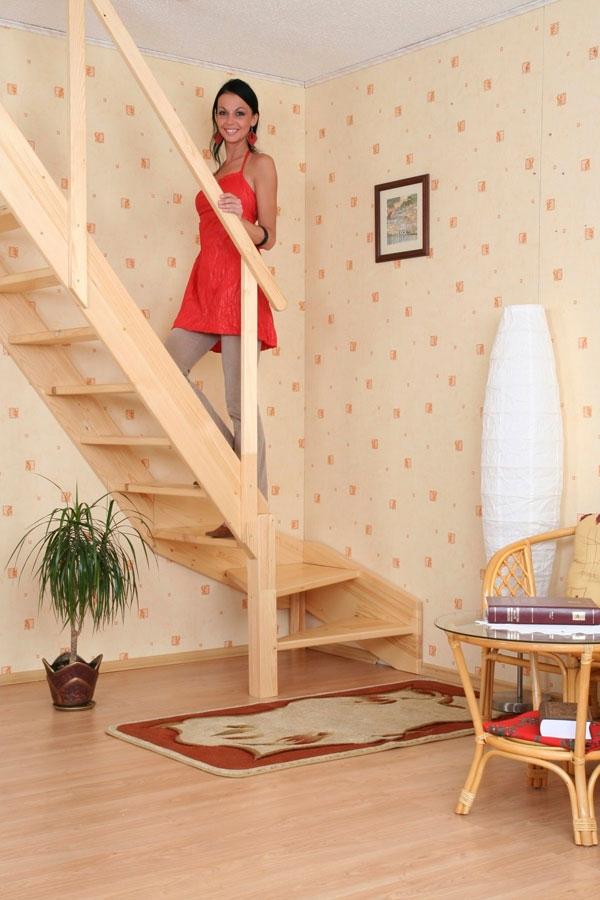 Как сделать лестницу на мансарду если мало места